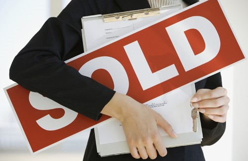 Choosing an Agent to Sell Your Home